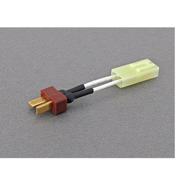Adaptador que permite utilizar baterías con conector T dean en armas de airsoft con conector tamiya pequeño.
