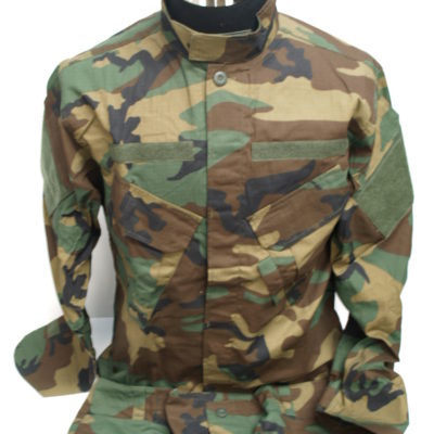 UNIFORME WOODLAND TALLA L
